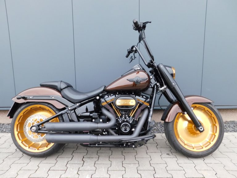 Read more about the article FLFBS Softail Fat Boy Golden Nugget Komplett Umbau