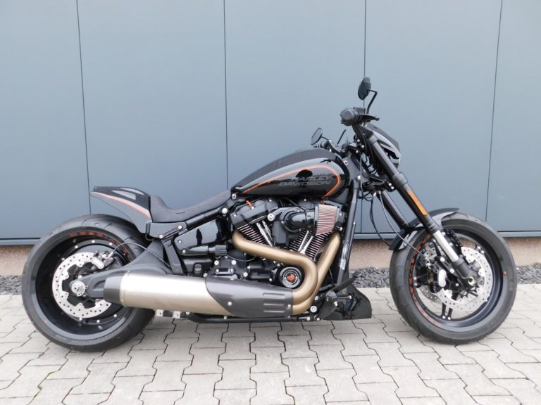 Read more about the article FXDRS Softail FXDR Heckumbau