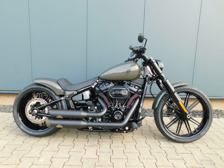 FXBRS Softail Breakout Custombike