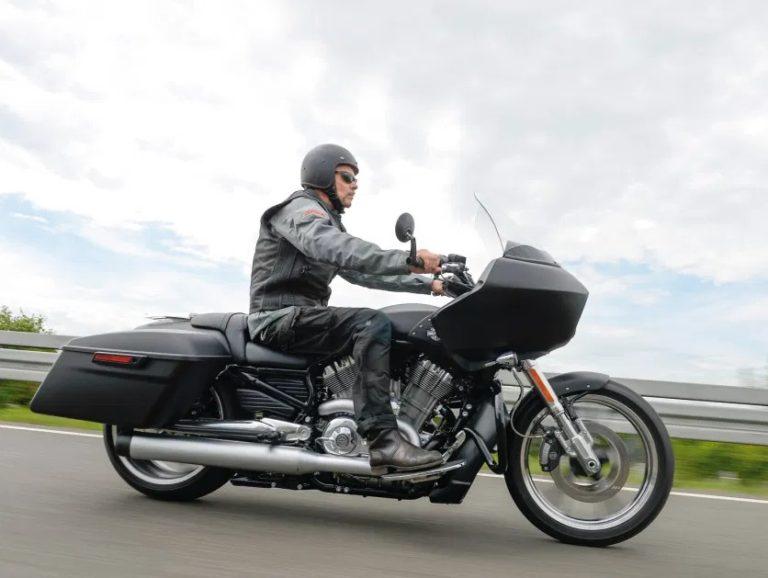 VRSCF V-Rod Muscle Tourer-Custombike